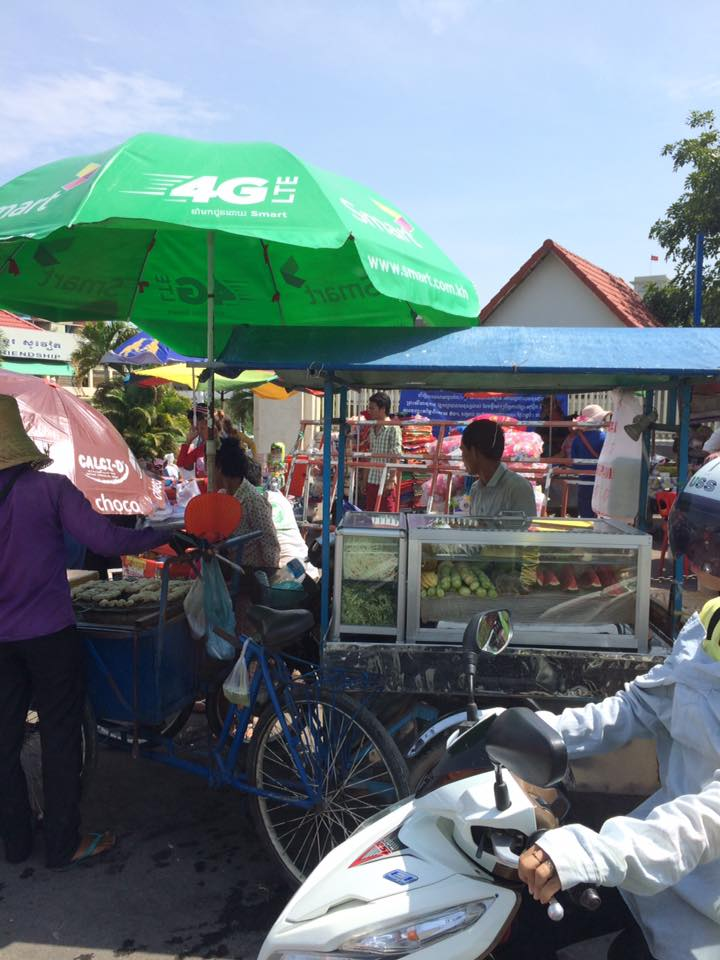 第1回カンボジアスタディツアー 1日目②<br>首都プノンペンの街並み