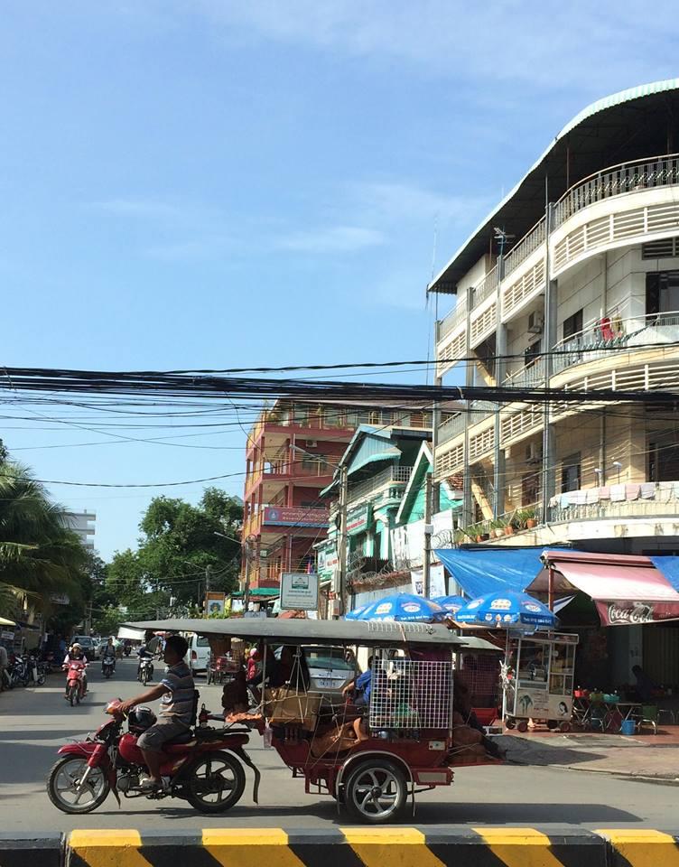 第1回カンボジアスタディツアー 3日目②<br>トゥクトゥク